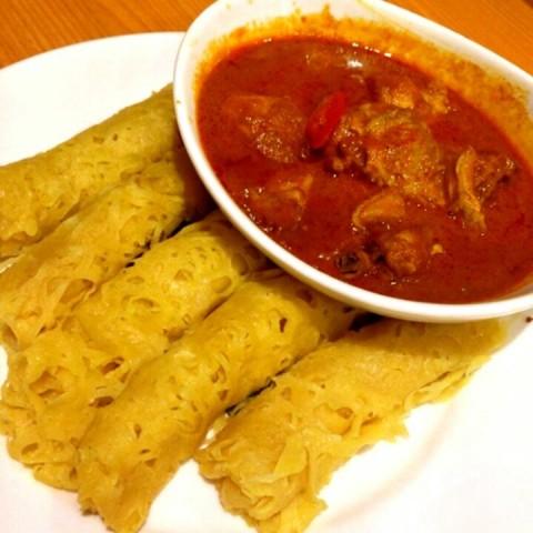 roti jala with chicken curry - Kluang Station in Mutiara Damansara ...